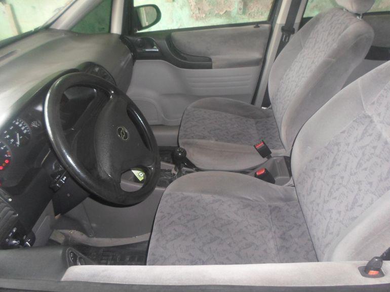 Chevrolet Zafira 2.0 16V - Foto #4