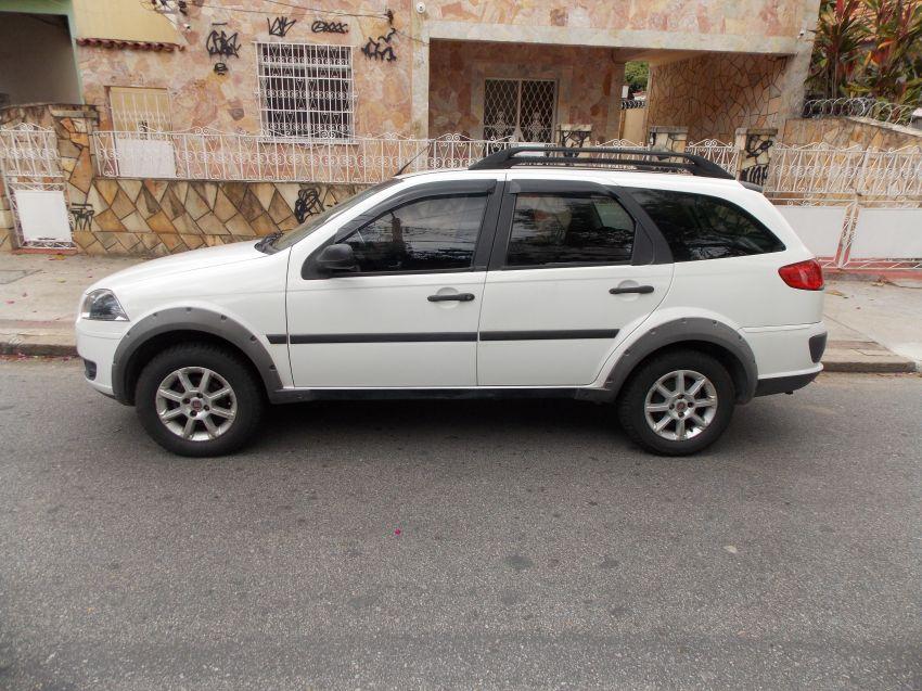 Fiat Palio Weekend Trekking 1.4 8V (Flex) - Foto #6