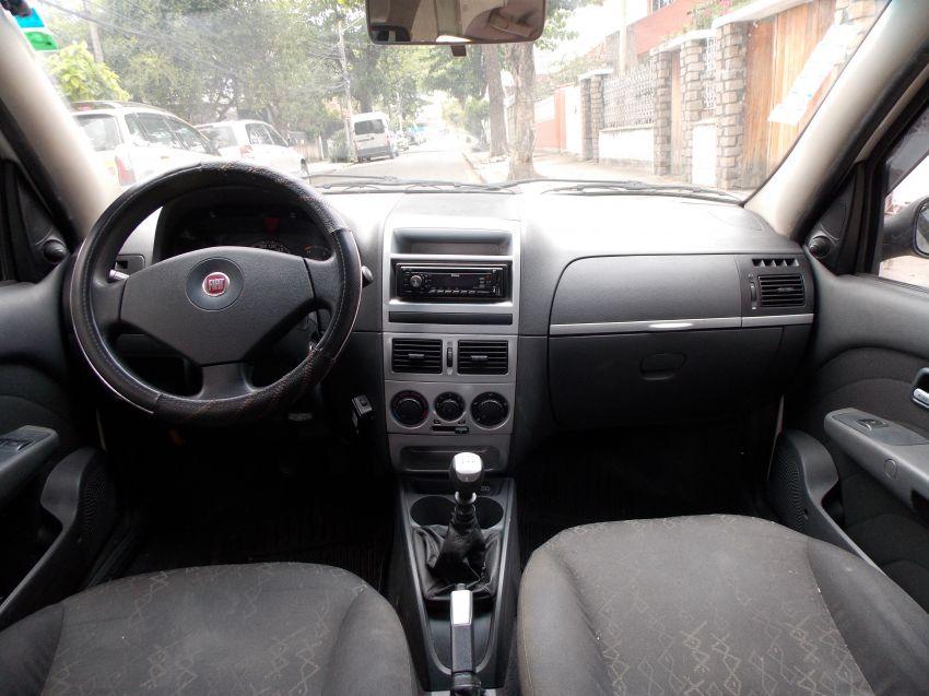 Fiat Palio Weekend Trekking 1.4 8V (Flex) - Foto #7