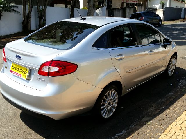 Ford New Fiesta Sedan 1.6 SE - Foto #3