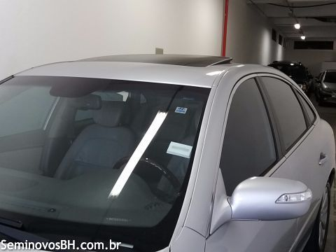 Hyundai Azera 3.3 V6 Completissimo (aut) - Foto #4