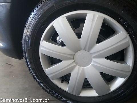 Peugeot 206 Hatch. 1.4 8V (flex) - Foto #5