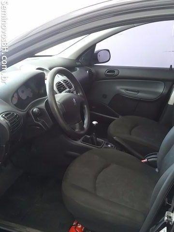 Peugeot 206 Hatch. 1.4 8V (flex) - Foto #7