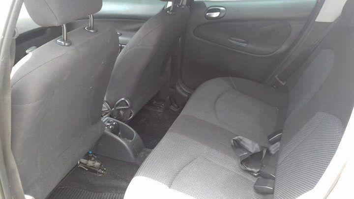 Peugeot 207 Passion XR 1.4 8V (flex) - Foto #4