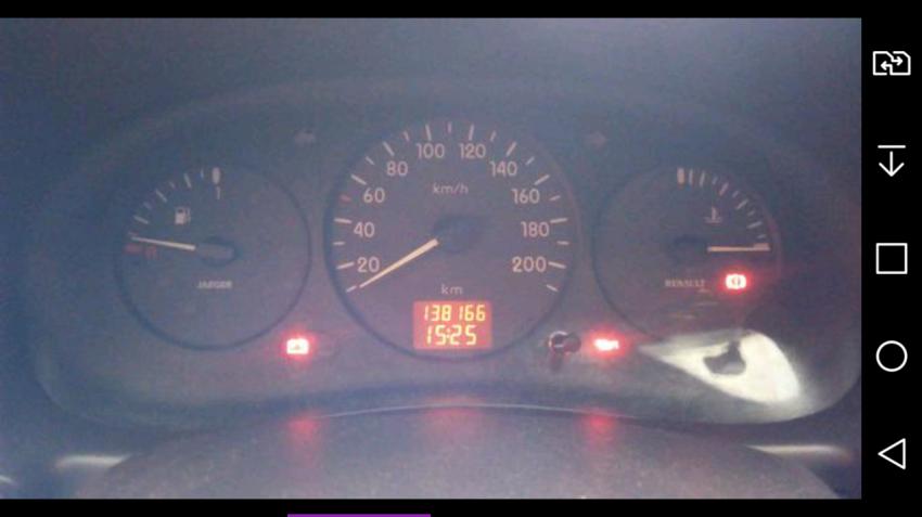 Renault Clio Hatch RL 1.0 8V - Foto #6