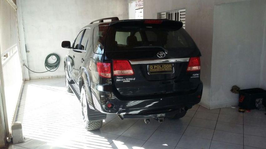 Toyota Hilux SW4 3.0 TDI 4x4 SRV 5L (Aut) - Foto #1