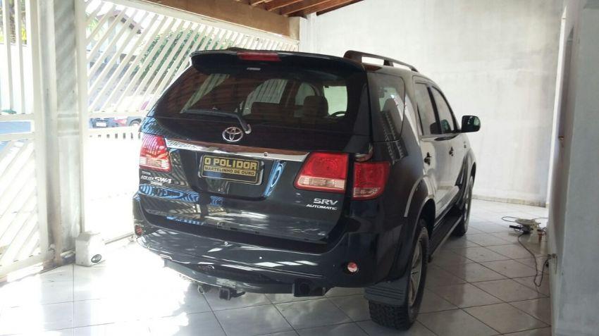 Toyota Hilux SW4 3.0 TDI 4x4 SRV 5L (Aut) - Foto #3