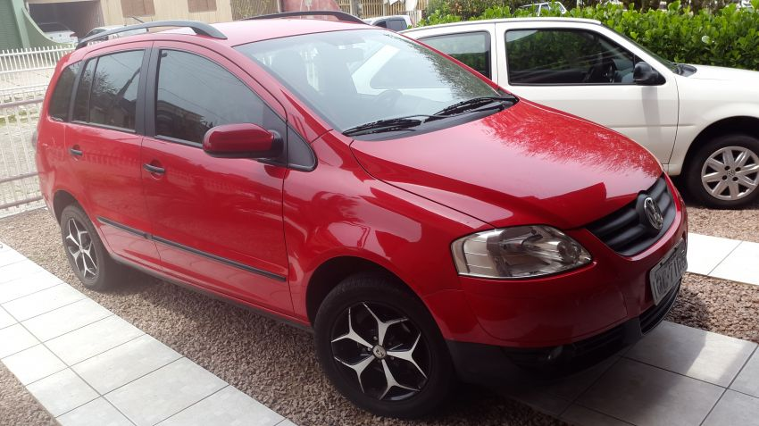 Volkswagen SpaceFox Plus 1.6 8V (Flex) - Foto #1