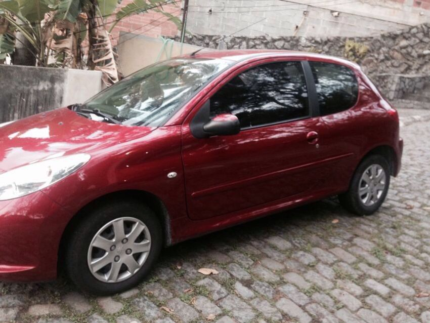 Peugeot 207 Hatch XR 1.4 8V (flex) 2p - Foto #5