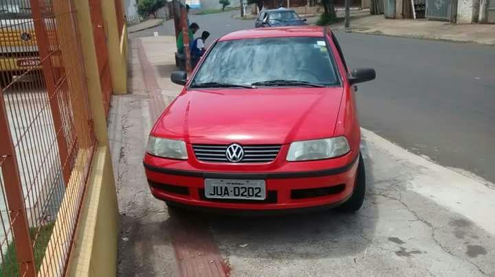 Volkswagen Gol Plus 1.6 - Foto #5