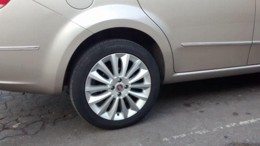 Fiat Linea 1.8 16V Essence - Foto #7