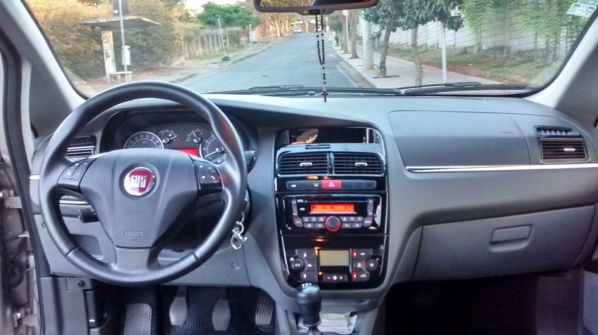 Fiat Linea 1.8 16V Essence - Foto #8