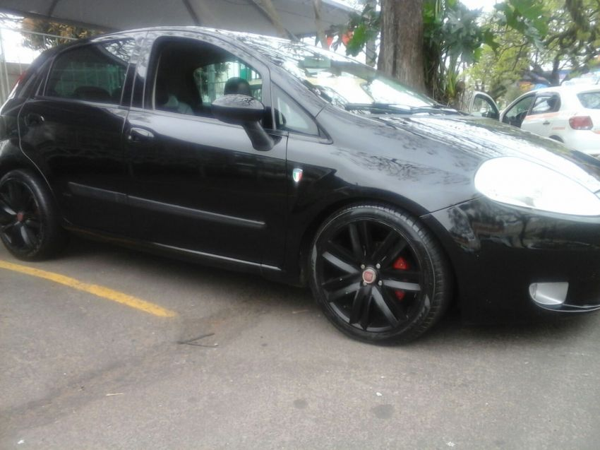 Fiat Punto HLX 1.8 (Flex) - Foto #2