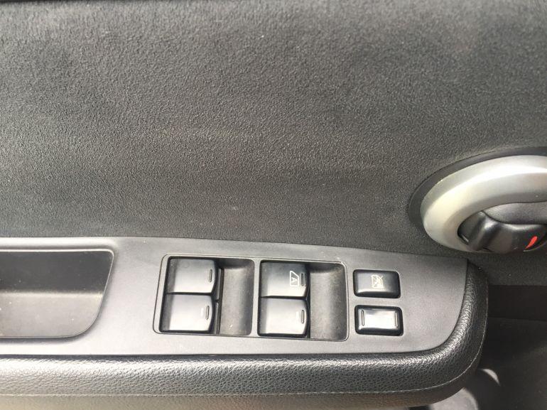 Nissan Tiida S 1.8 - Foto #10