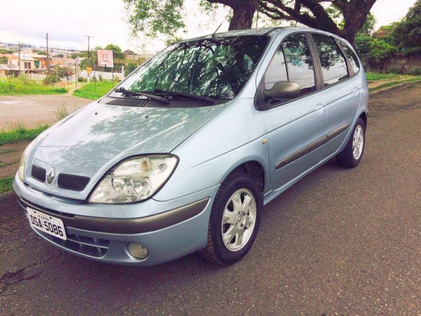 Renault Scénic Privilége 2.0 16V - Foto #5