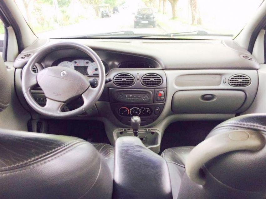 Renault Scénic Privilége 2.0 16V - Foto #7