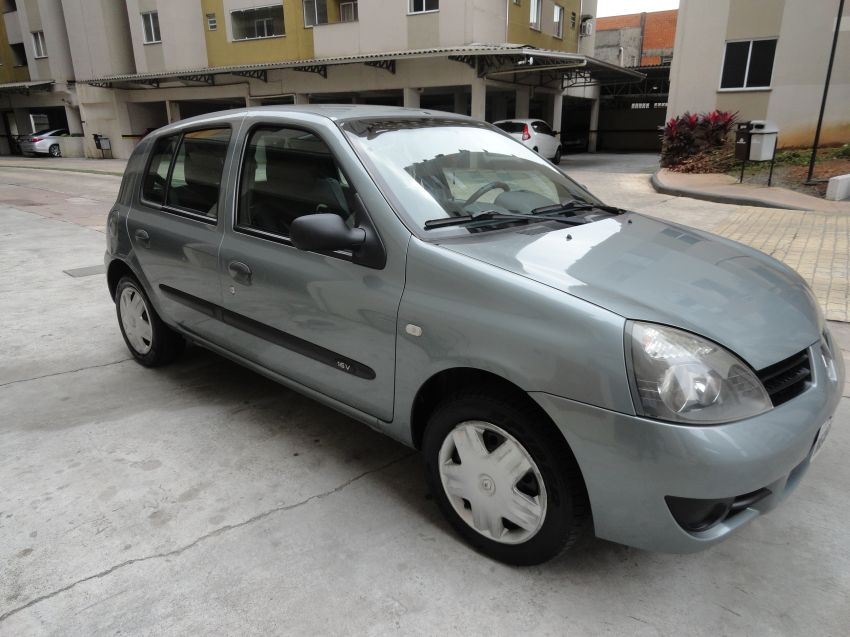 Renault Clio Authentique 1.0 16V (Flex) 4p - Foto #4