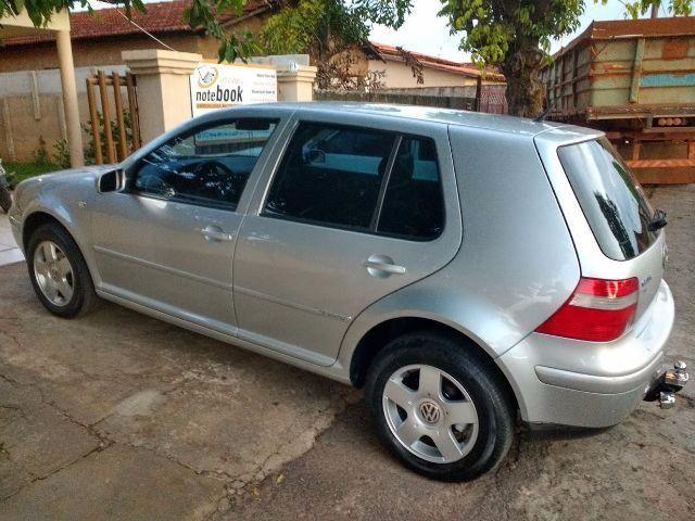 Top Volkswagen Golf Black&Silver 1.6 MI 2005/2006 - Salão do Carro - 92145 NW43