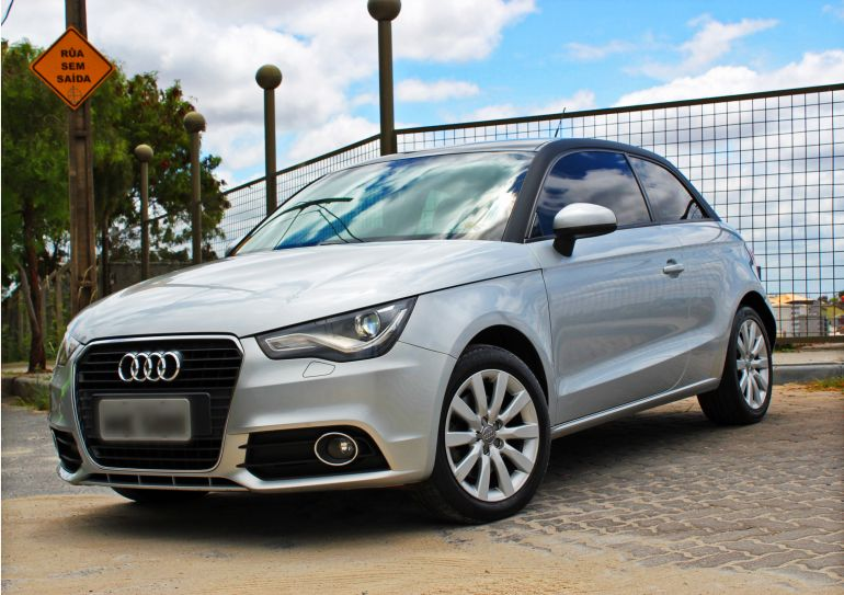 Audi A1 1.4 TFSI S tronic Attraction - Foto #1