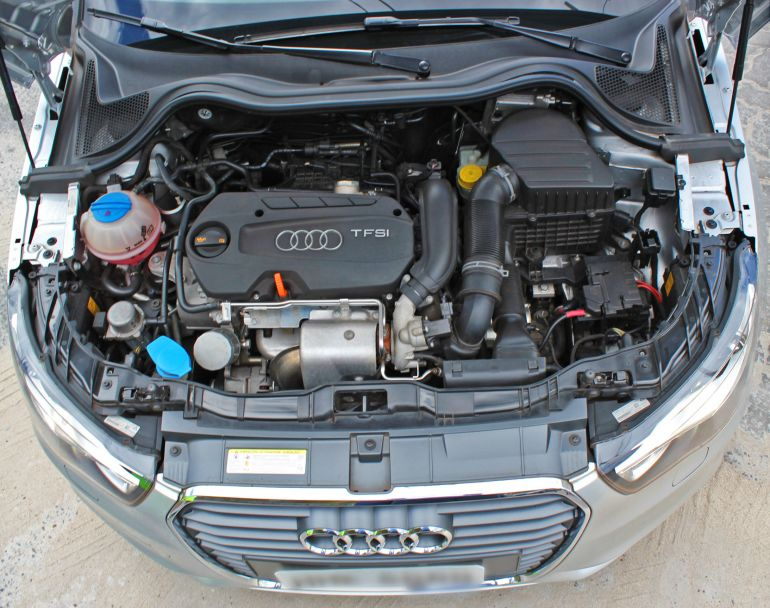 Audi A1 1.4 TFSI S tronic Attraction - Foto #4