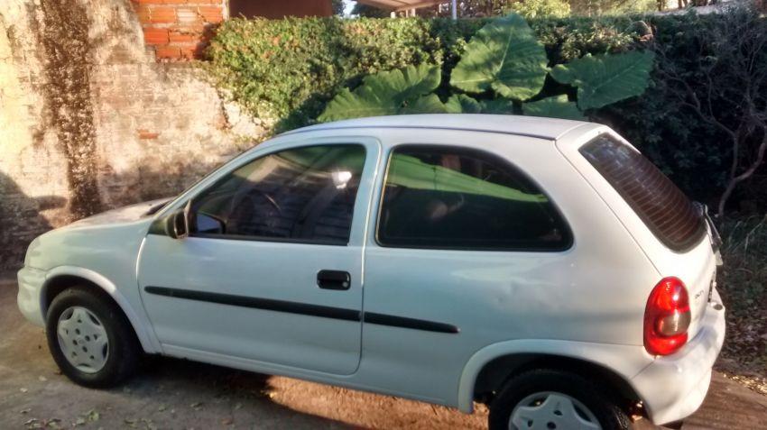 Chevrolet Corsa Hatch Wind 1.0 EFi - Foto #1