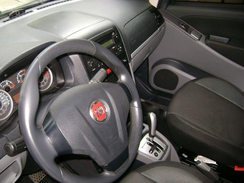 Fiat Idea Essence Italia Dualogic 1.6 16V (Flex) - Foto #9
