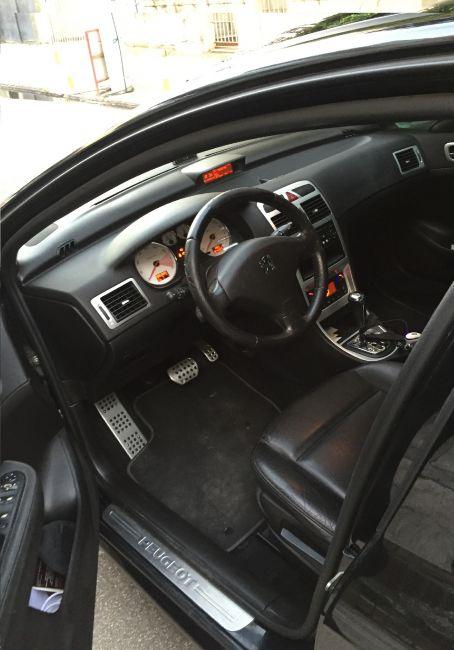 Peugeot 307 Hatch. Feline 2.0 16V (nova série) (aut) - Foto #1