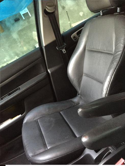 Peugeot 307 Hatch. Feline 2.0 16V (nova série) (aut) - Foto #3