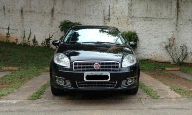 Fiat Linea Absolute Dualogic 1.9 16V (Flex) - Foto #4