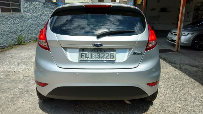 Ford New Fiesta 1.5 S - Foto #2