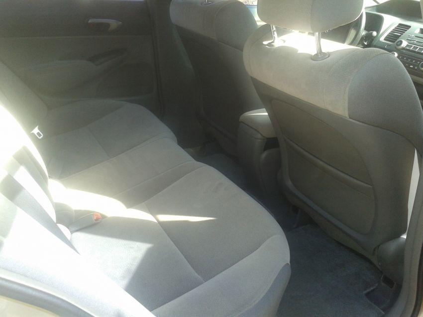 Honda Civic LXS 1.8 i-VTEC (Flex) (Aut) - Foto #6