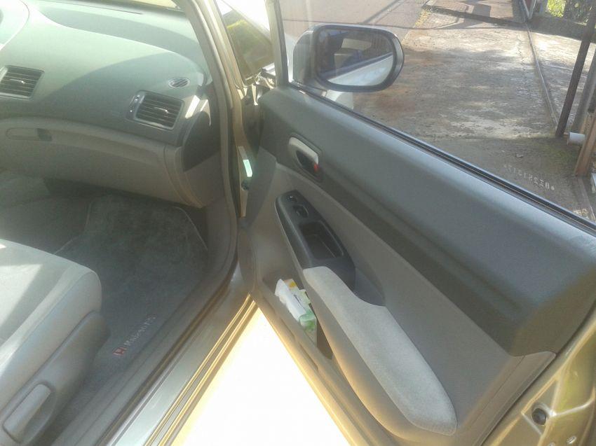 Honda Civic LXS 1.8 i-VTEC (Flex) (Aut) - Foto #10