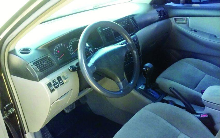 Toyota Corolla Sedan GLi 1.6 16V (aut) - Foto #4