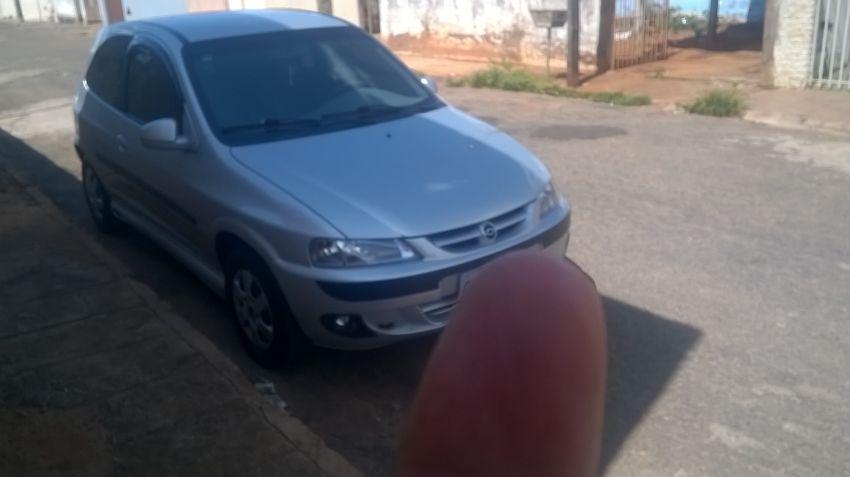Chevrolet Celta 1.0 - Foto #1