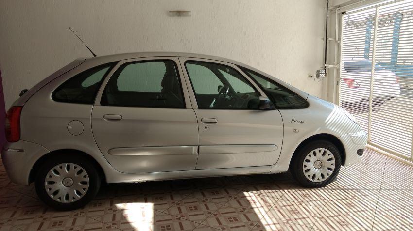 Citroën Xsara Picasso GLX 2.0 16V (aut) - Foto #3