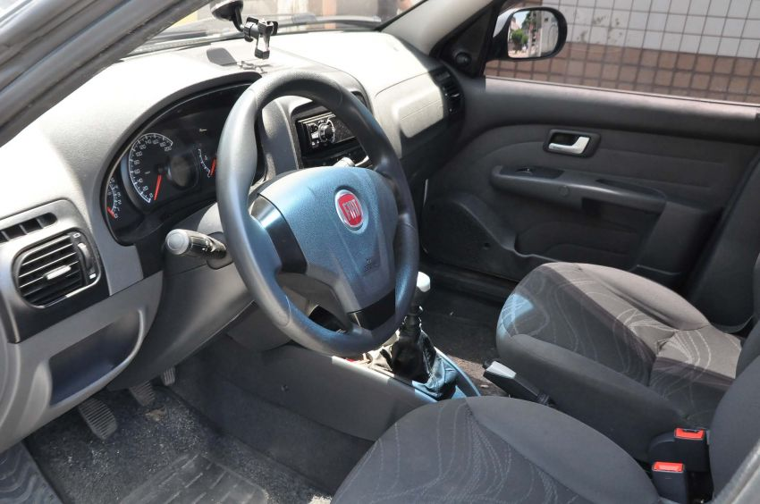Fiat Siena EL 1.4 8V (Flex) - Foto #10