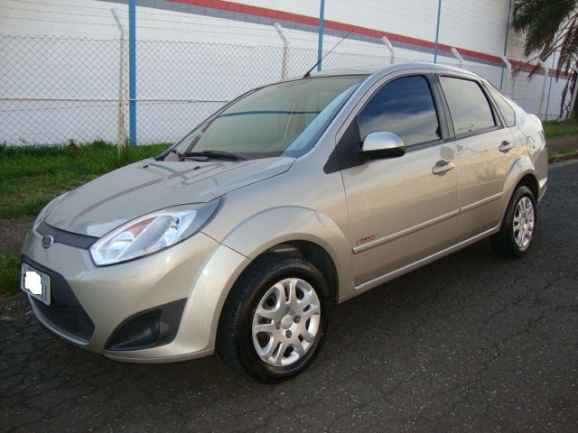 Ford Fiesta Sedan Class 1.6 (Flex) - Foto #4