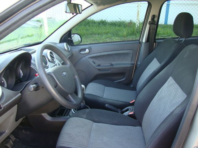 Ford Fiesta Sedan Class 1.6 (Flex) - Foto #9