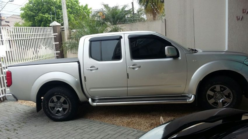 Nissan Frontier XE 4x2 2.5 16V (cab. dupla) - Foto #3