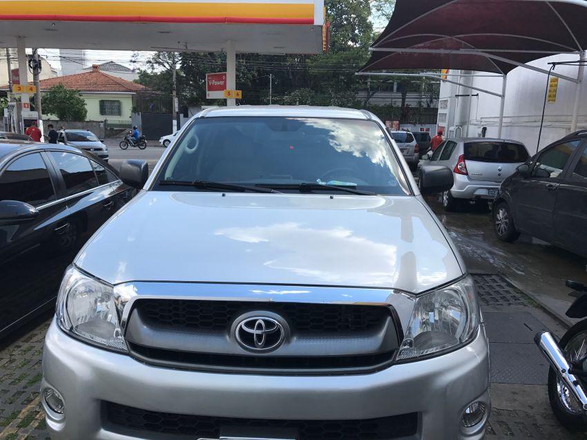 Toyota Hilux SRV 4x2 2.7 16V (cab. dupla) - Foto #1