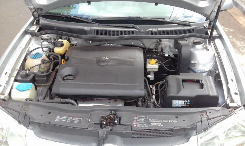 Volkswagen Golf Sportline 1.6 VHT Total (Flex) - Foto #7