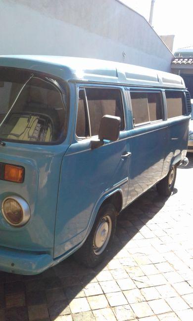 Volkswagen Kombi Standard 1.6 - Foto #1