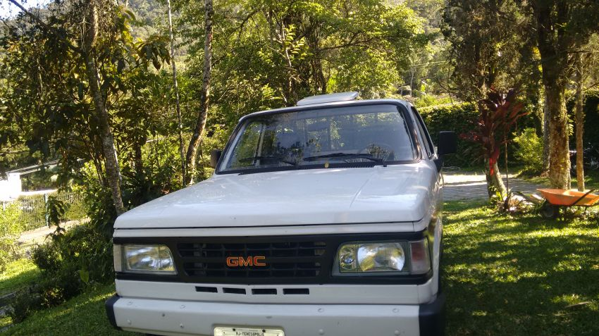 Chevrolet C20 Pick Up Custom Luxe 4.1 (Cab Simples) - Foto #3