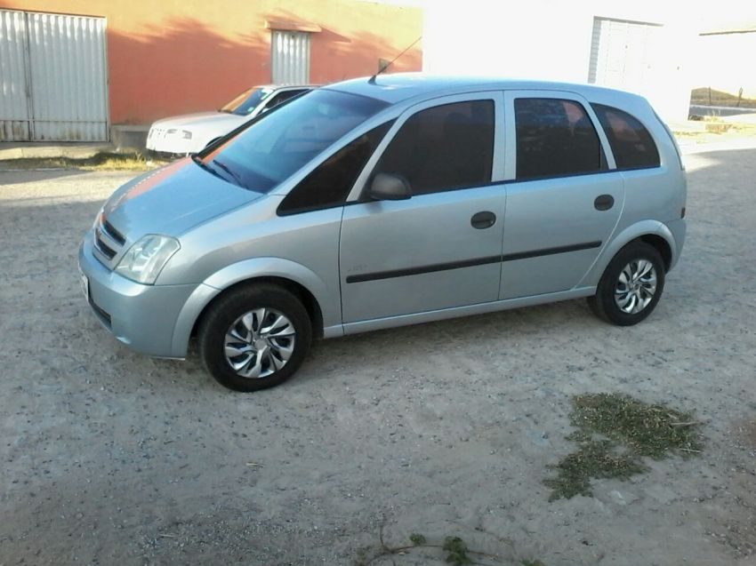 Chevrolet Meriva Joy 1.4 (Flex) - Foto #8