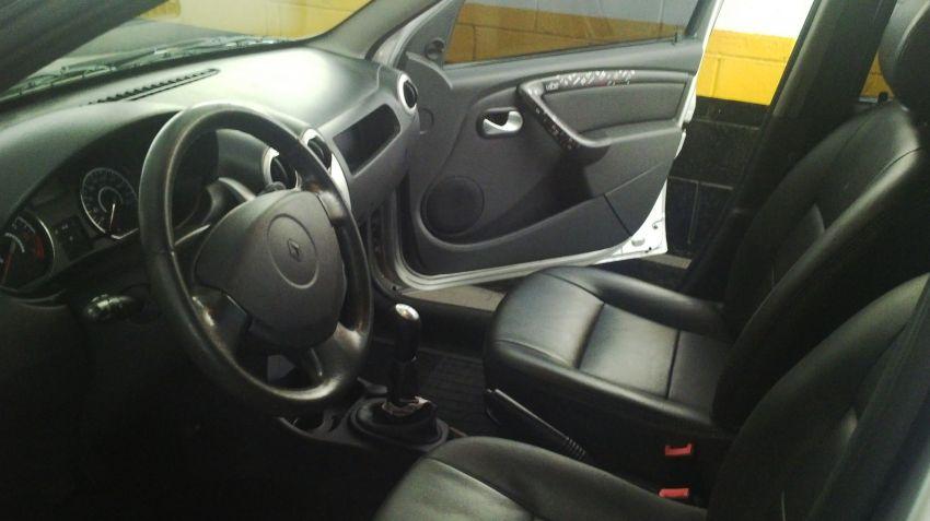 Renault Sandero Vibe 1.6 8V Hi-Torque (flex) - Foto #1
