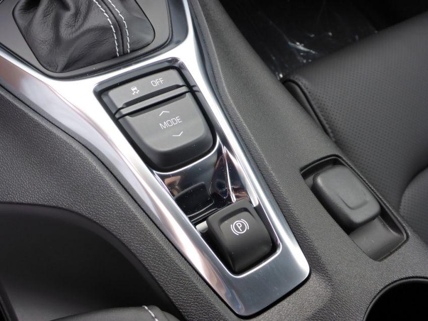 Chevrolet Camaro SS 6.2 V8 - Foto #3
