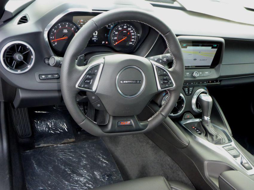 Chevrolet Camaro SS 6.2 V8 - Foto #4