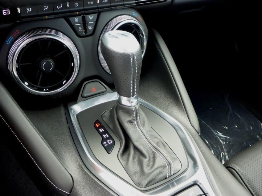 Chevrolet Camaro SS 6.2 V8 - Foto #5