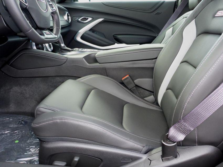 Chevrolet Camaro SS 6.2 V8 - Foto #6