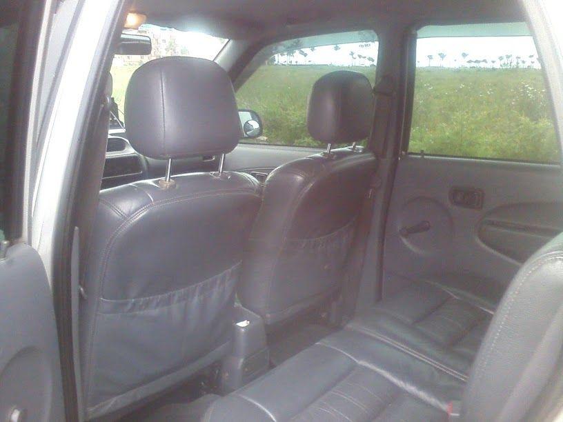 Daihatsu Terios SX 4x4 1.3 16V - Foto #6